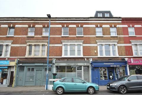 2 bedroom apartment to rent - Putney Bridge Road, Putney, SW15