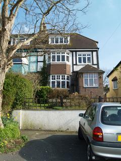 4 bedroom semi-detached house to rent - Bevendean Crescent, Brighton BN2