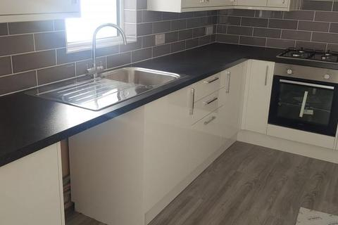 2 bedroom property to rent - Eastern Road, BRIGHTON BN2