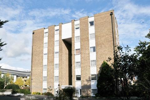 2 bedroom flat to rent - Pellipar Close, Palmers Green, N13