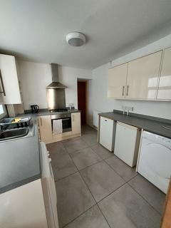 4 bedroom terraced house to rent - 24 Richardson Street Swansea