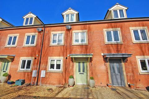 4 bedroom terraced house to rent - Cirencester Road, Charlton Kings, Cheltenham, Gloucestershire, GL53