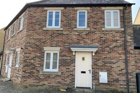 2 bedroom apartment to rent - Tamarisk Crescent, Carterton, Oxon, OX18 1GZ