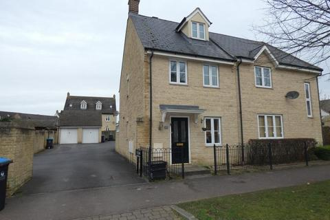 3 bedroom semi-detached house to rent - Bluebell Way, Carterton, Oxon, OX18 1GJ