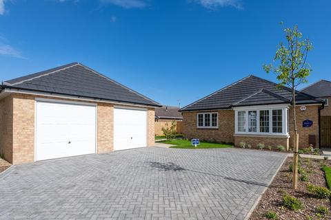 3 bedroom detached bungalow for sale - Langford Close, Horsemere Green Lane, Climping, West Sussex, BN17