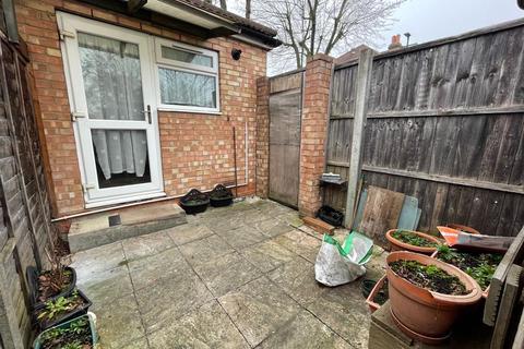 1 bedroom maisonette to rent - Princes Avenue, London N13