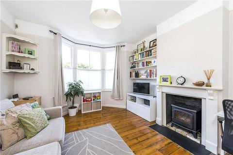 2 bedroom apartment for sale - Brenda Road, London, SW17