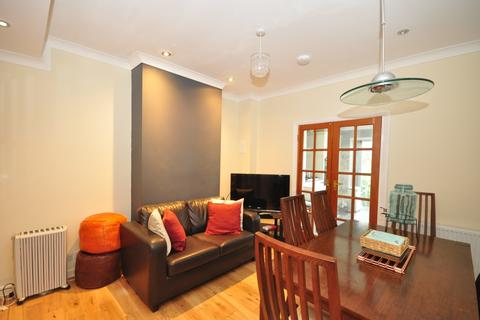 1 bedroom in a house share to rent - Oak Avenue Croydon CR0