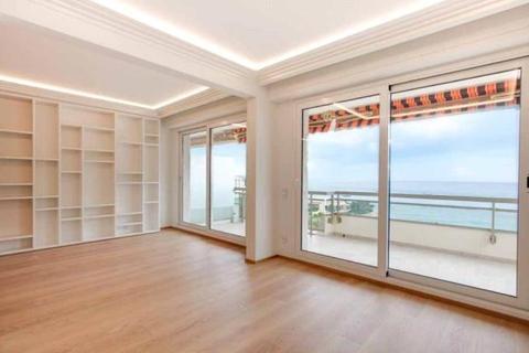 3 bedroom apartment - Larvotto