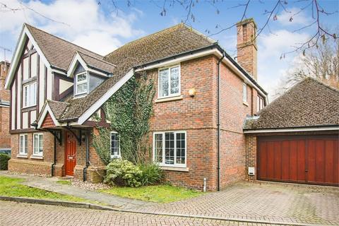 5 bedroom detached house for sale - Oak Farm Place, Felbridge, West Sussex