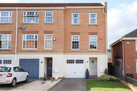 3 bedroom townhouse for sale - Middlepeak Way, Sheffield