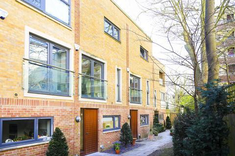 3 bedroom townhouse for sale - Bridgemount Mews, Stroud Green, London