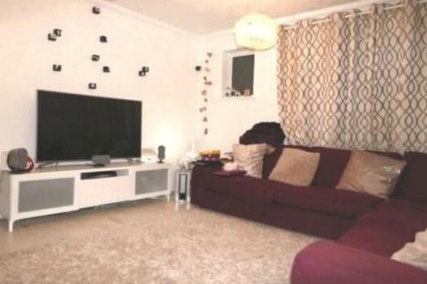 2 bedroom flat to rent - Two Bedroom Ground Floor Flat  Dagenham Heathway