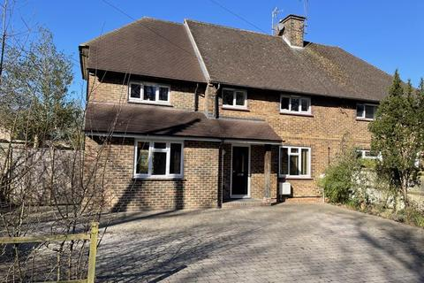 4 bedroom semi-detached house for sale - London Road, Hassocks