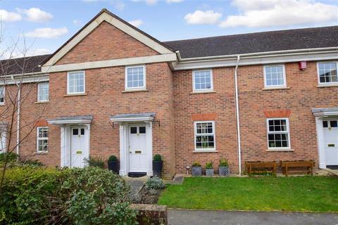 2 bedroom terraced house for sale - Hills Place, Horsham, West Sussex
