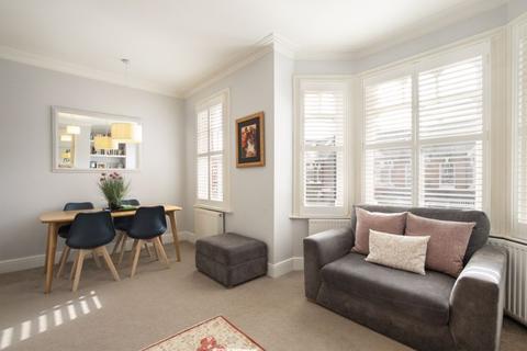 3 bedroom maisonette for sale - Valetta Road W3