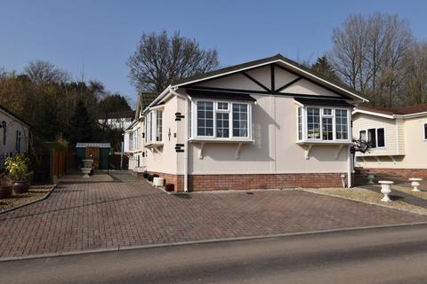 2 bedroom retirement property for sale - 28 Heronston Park, Heronstone Lane, Bridgend CF31 3BZ