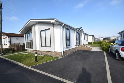 2 bedroom park home for sale - Half Moon Lane, Pepperstock