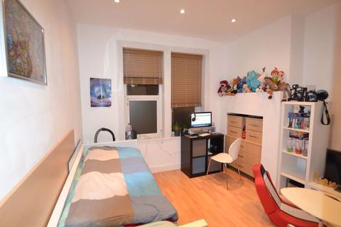 Studio to rent - Studio flat in Ballards Lane, Finchley Central