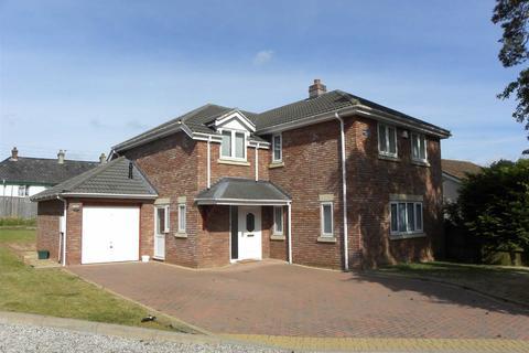 4 bedroom detached house to rent - Ide