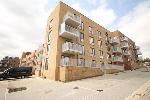1 bedroom apartment to rent - Cumings Lodge, Columbia Place Campbell Park, Milton Keynes