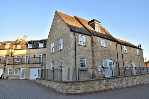 3 bedroom townhouse for sale - Old School Court, Wharf Road, Stamford