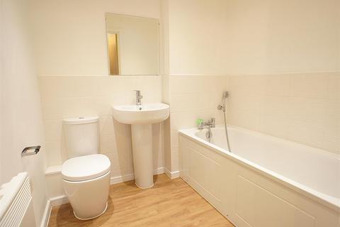2 bedroom apartment to rent - Lintott Gardens, Warrington