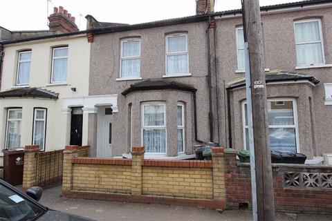 3 bedroom terraced house for sale - Park Avenue, Barking, Essex, IG11