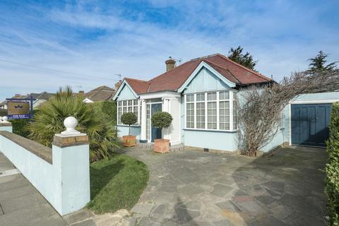 3 bedroom detached bungalow for sale - Sea View Road, Broadstairs