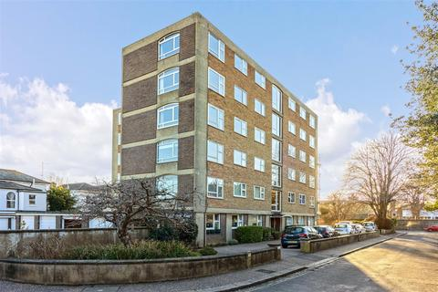 2 bedroom flat for sale - Crescent Road, Worthing