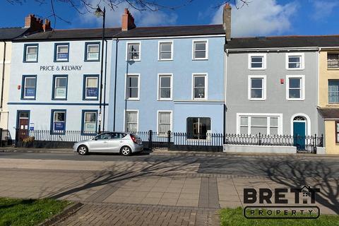 4 bedroom terraced house for sale - Hamilton Terrace, Milford Haven, Pembrokeshire. SA73 3JA