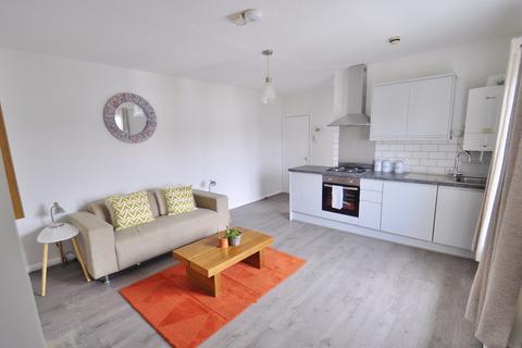 1 bedroom flat to rent - St Stephens Avenue W12 8JB