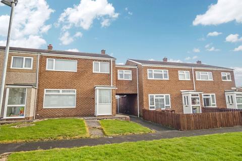 3 bedroom semi-detached house for sale - Holmdale, Ashington, Northumberland, NE63 8ED