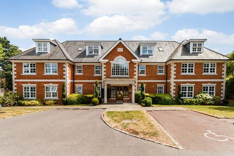 2 bedroom apartment to rent - Robin Hill Shoppenhangers Road Maidenhead