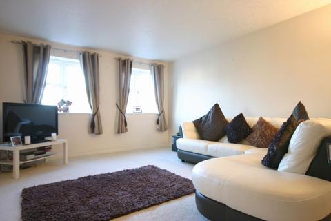 2 bedroom apartment to rent - Windmill Rise, Enfield, Middlesex, EN2