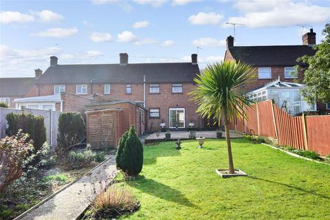 3 bedroom semi-detached house for sale - Pearson Road, Arundel, West Sussex