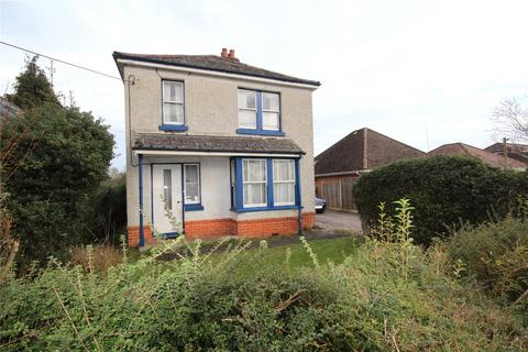 3 bedroom detached house for sale - Seymour Road, Ringwood, Hampshire, BH24