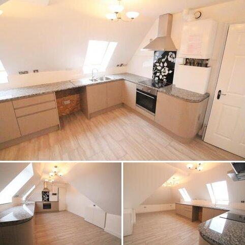 3 bedroom apartment to rent - Sutton Street, London E1