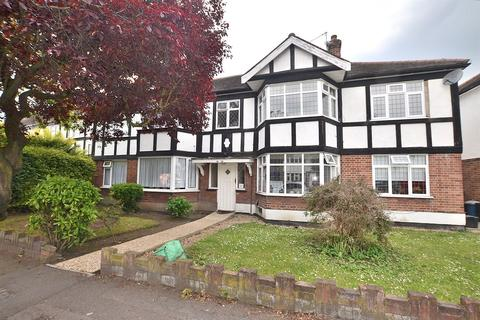 2 bedroom flat to rent - Onslow Gardens, South Woodford, E18