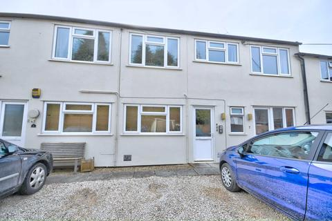 Studio to rent - Thame Road, Chinnor