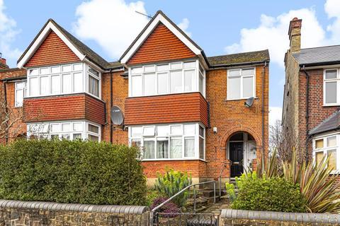 3 bedroom flat for sale - Totteridge,  London,  N11