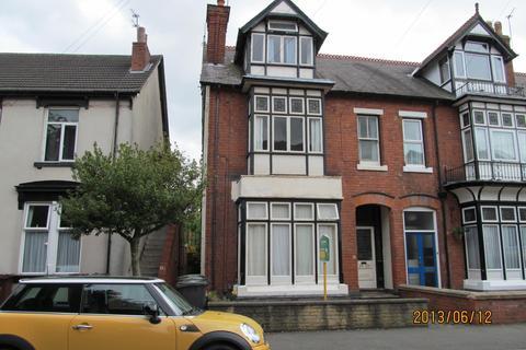 1 bedroom ground floor flat to rent - 13 Crawford Road, Wolverhampton WV3