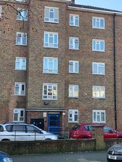 3 bedroom flat to rent - Loddiges Road, Hackney, London  E9
