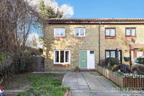 3 bedroom end of terrace house for sale - Portland Road, London, N15