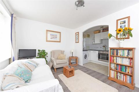 1 bedroom flat to rent - Burghley Hall Close, SW19