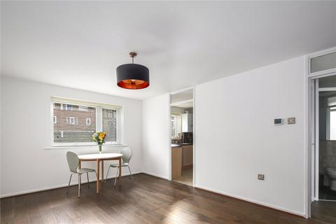 2 bedroom flat to rent - Regency Court, Park Close, London, E9