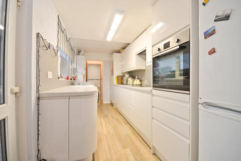 3 bedroom semi-detached house for sale - Wootton Bridge, Isle of Wight