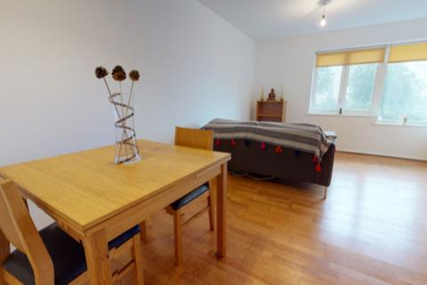 3 bedroom flat to rent - Amsterdam Road, Isle Of Dogs