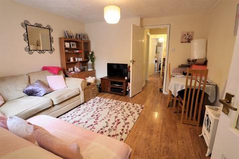 1 bedroom apartment to rent - Jacobean Close, Crawley