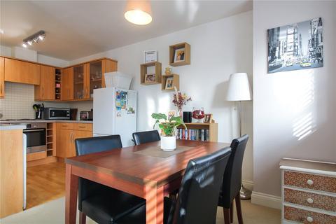 2 bedroom apartment for sale - Torun Way, Swindon, Wiltshire, SN25